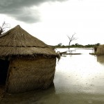 Heavy rains inundated areas around Aweil with floodwaters, displacing thousands of residents. UN Photo by Tim McKulka.